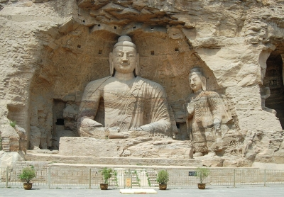 Yungang Grottoes (image by Marcin Bialek via Wikimedia Commons)